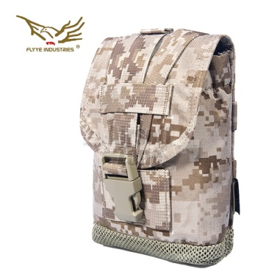 MOLLE Canteen Pouch AOR1 FLYYE
