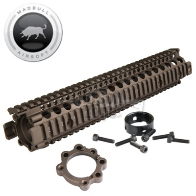 Daniel Defense M4A1 12.5 inch RIS II Rail Dark Earth MADBULL
