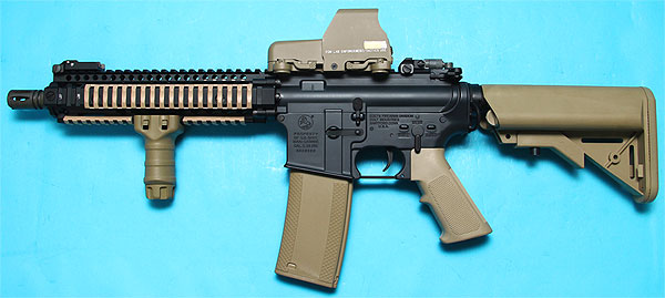 M4 MK18 Mod I Dark Earth (with 553 Red/Green Dot Sight) AEG G&P